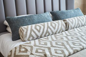 Modern,Textiles,For,Pillows,,Curtains,And,Bedspread,In,The,Bedroom